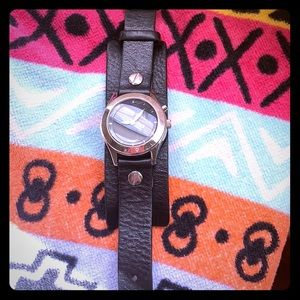Black leather fossil watch